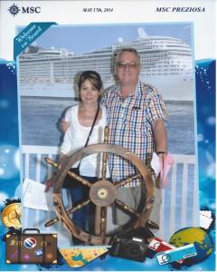 2014-05-17 Cruisebillede af kaptajn Knud-Erik og styrmand Lindis